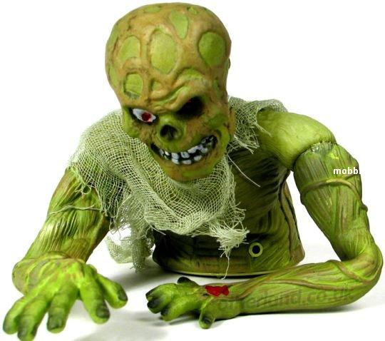 Ползущий зомби - отличная игрушка (фото + видео)