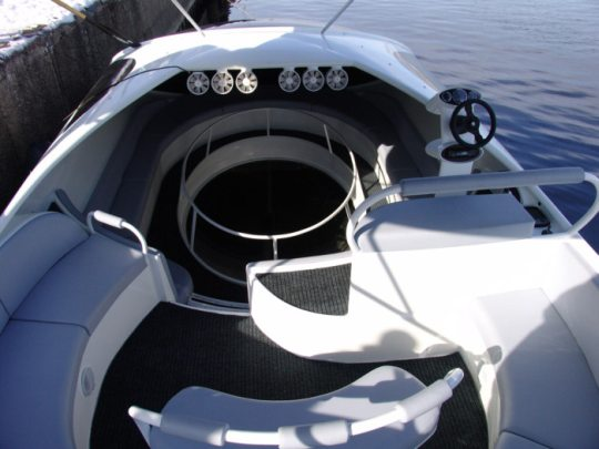 Superboat