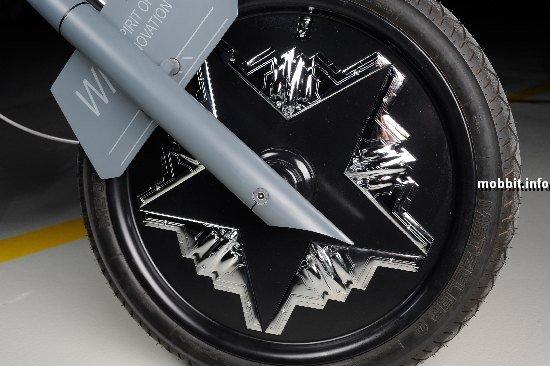 Мотоцикл в виде бомбардировщика В-2