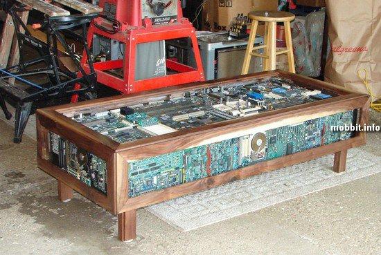Самодельный стол настоящего компьютерного гика