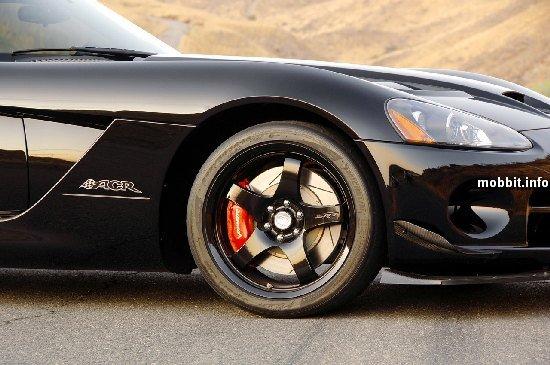 Суперкар Dodge Viper ACR
