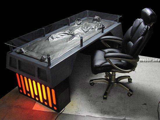 Han Solo desk