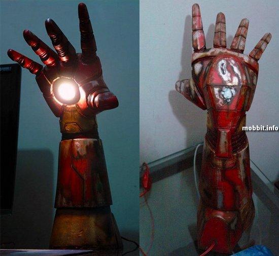 Настольная лампа в виде руки Железного человека