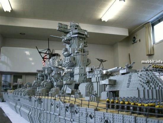 Самый большой в мире корабль из LEGO