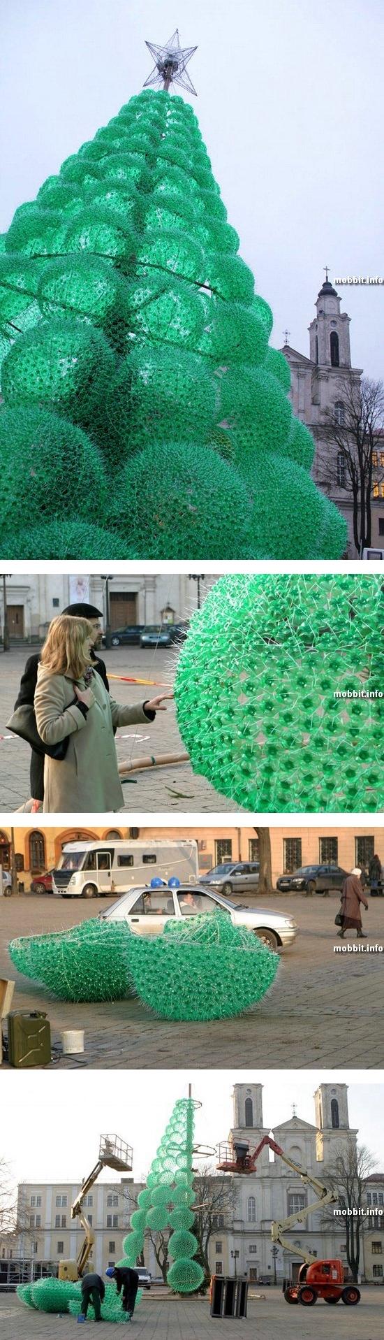 Новогодняя елка из 32 000 пластиковых бутылок