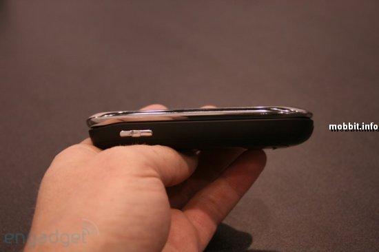Motorola Evoke QA4