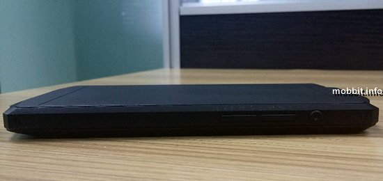 Смартфон с батареей на 10 000 мАч от Oukitel