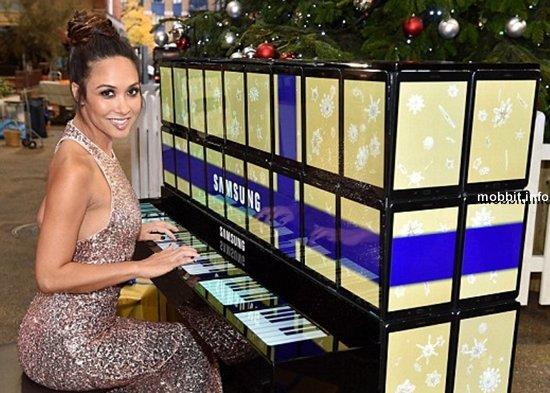 Пианино из планшетов Samsung