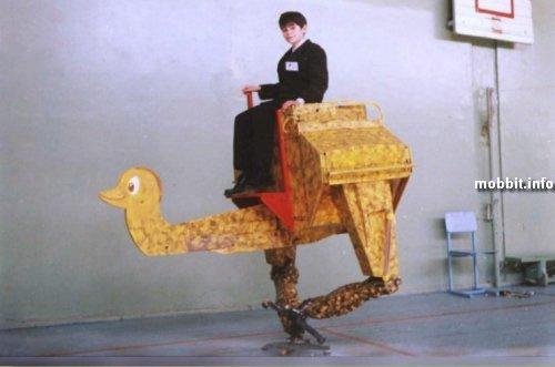 Российский шагающий робот-страус