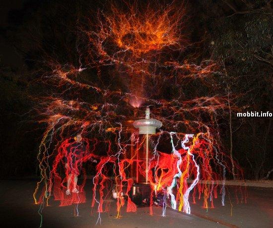 Новогодние елки из катушек Тесла