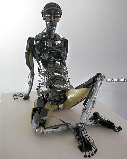 скульптуры из печатных машинок