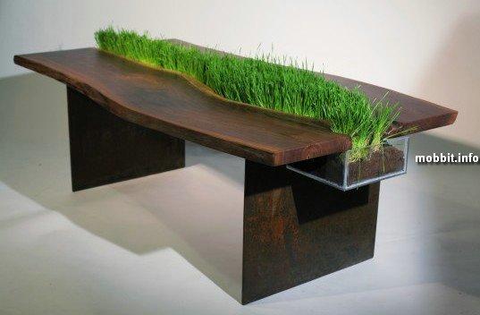 """""""Зеленый"""" дизайнерский стол"""