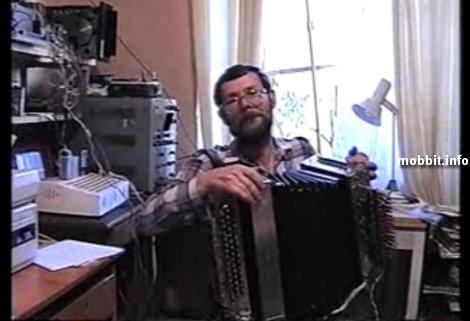 Баян, управляемый компьютером