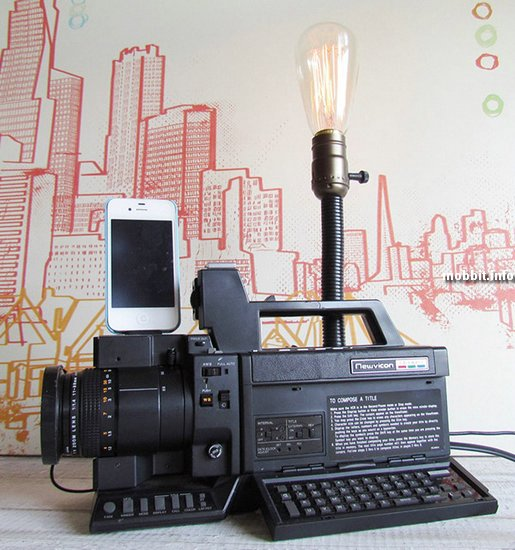 Док-станция для iPhone из древней видеокамеры