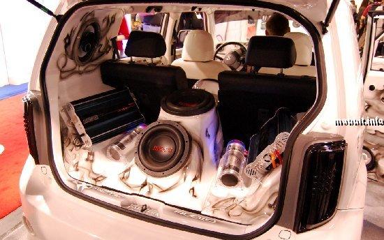 Тюнинг-шоу на Detroit Auto Show 2009