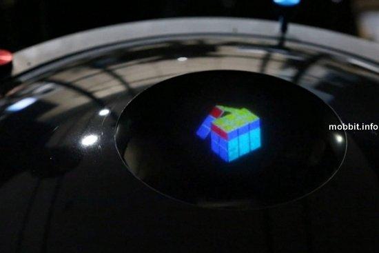 Первая в мире настоящая цветная трехмерная голограмма