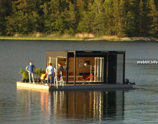 Плавучий «солнечный» дом для шведской семьи