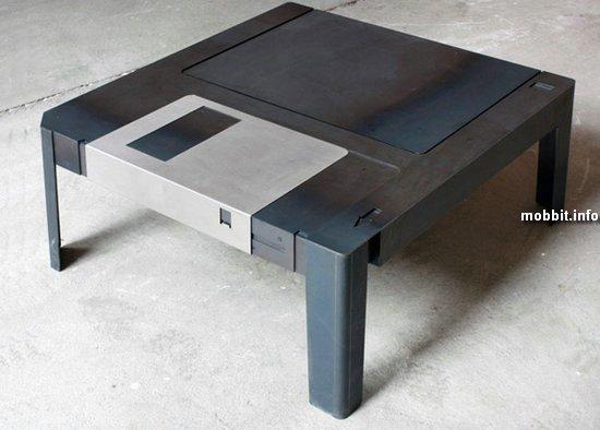 FloppyTable