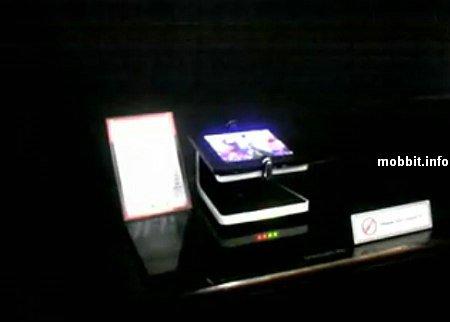 телефон с гибким OLED-дисплеем