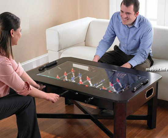 Кофейный столик для любителей настольного футбола