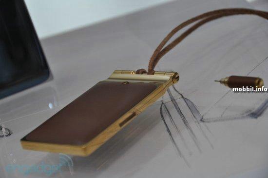 концептуальные телефоны Fujitsu