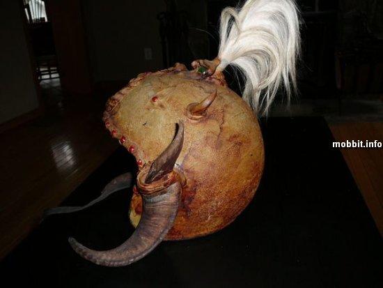 шлемы-монстры