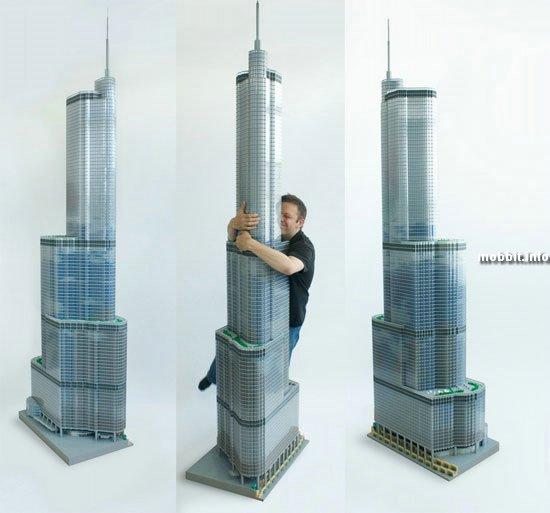 Башня Трампа из 65 000 кирпичиков Lego