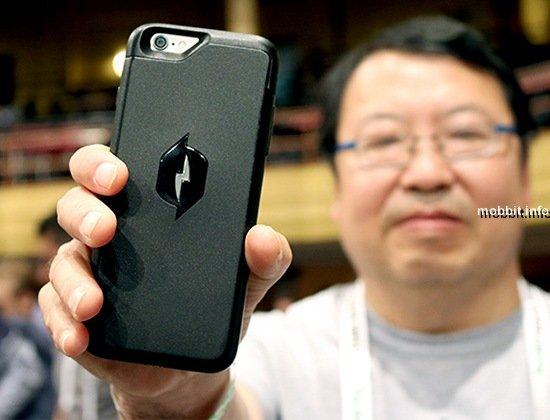 Чехол, который заряжает iPhone из воздуха