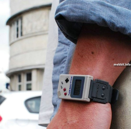 Наручные часы в стиле Nintendo Game Boy