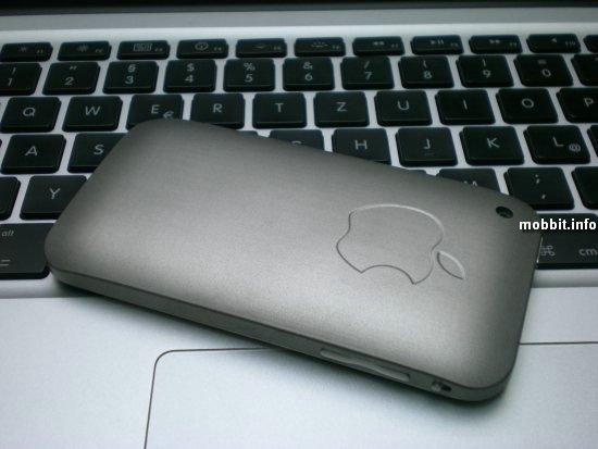 iPhone в титановом корпусе