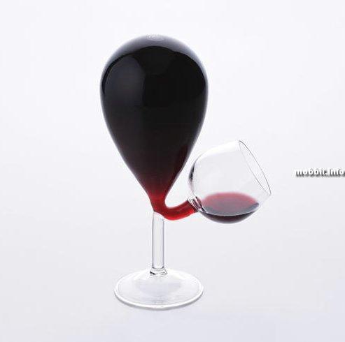 концептуальный бокал для вина