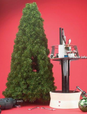 Компьютер в новогодней елке